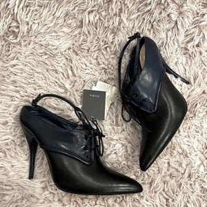 ZARA COLLECTION LEATHER LACE UP HEELS SZ 9 NWT